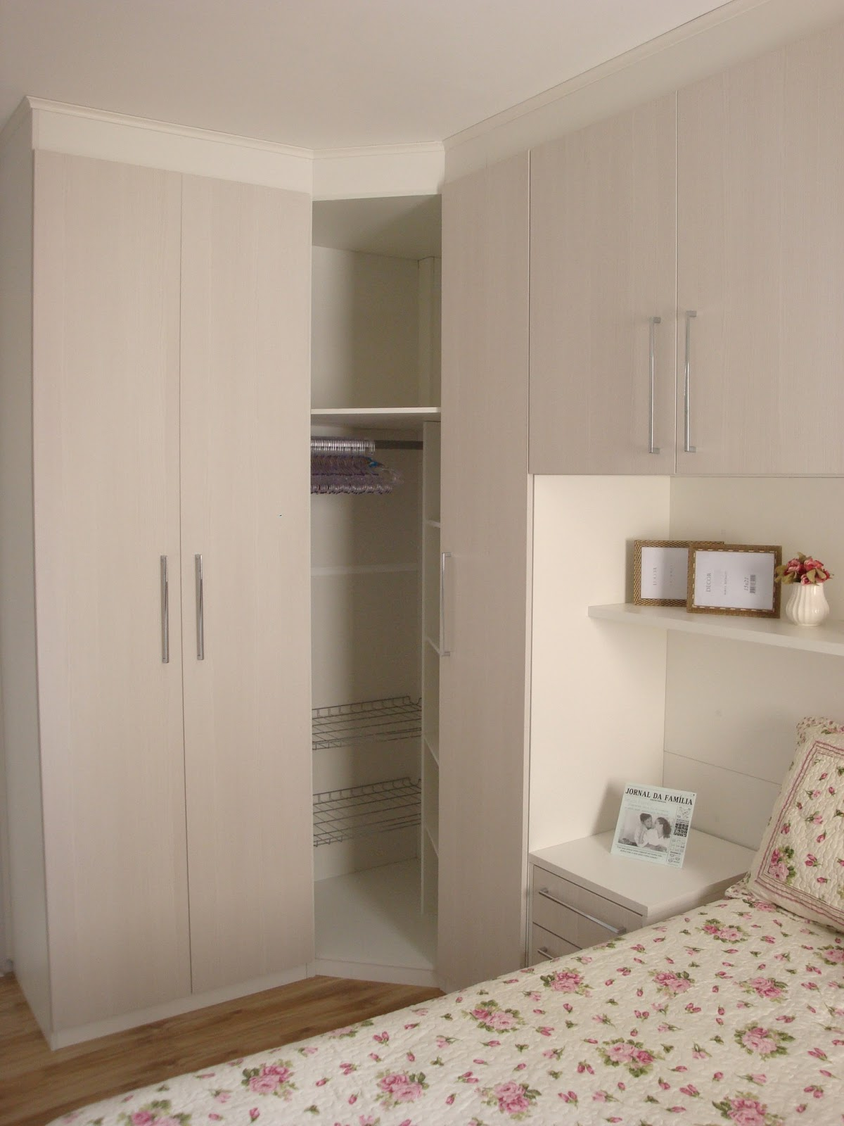 AMBIENTE IDEAL: Meu dormitório planejado quase decorado: parte III #8E403D 1200 1600