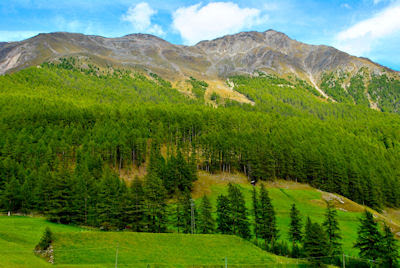 Vista espectacular de las Montañas Dolomitas en Italia - Dolomites Mountains