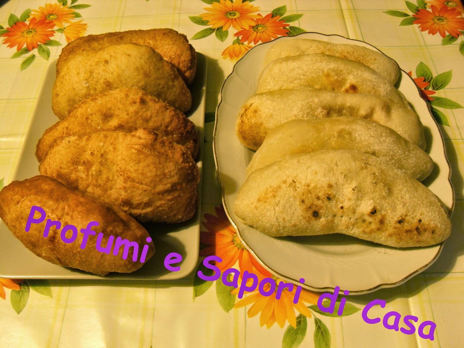 calzoni fritti e al forno con esubero di lievito madre