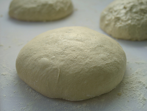 how to cook pizza dough from scratch