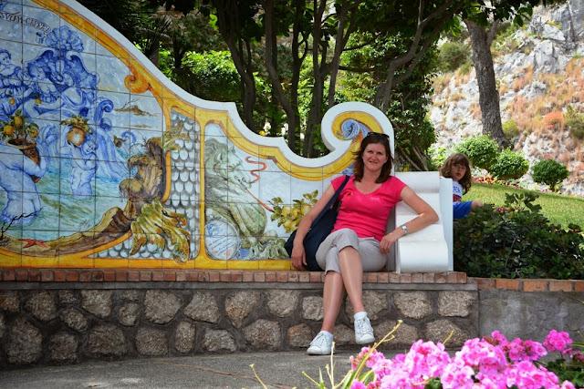 Augusto Gardens Capri Bench