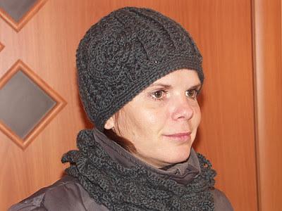 Теплая шапка на зиму. Схема вязание крючком