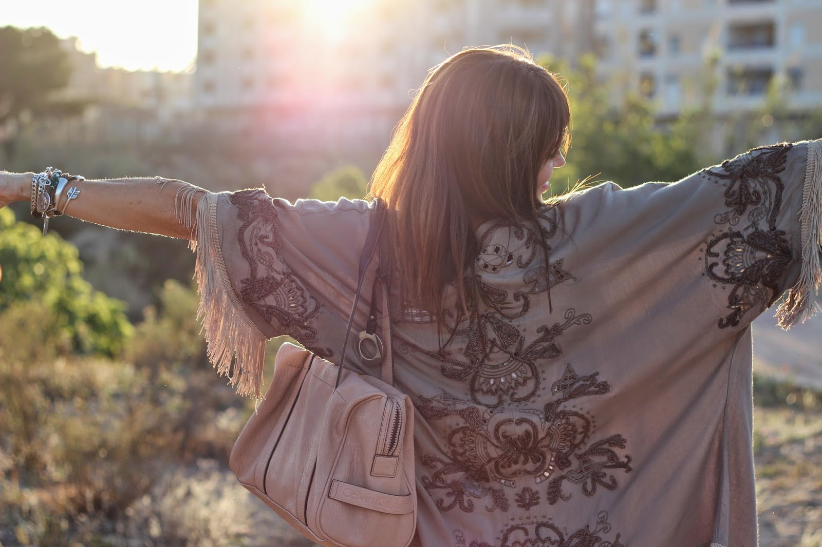 Kimono con flecos - Tendencias 2014 - Kimonos