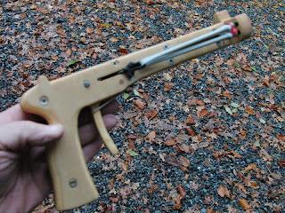 James Bond's Slingshot Spy11
