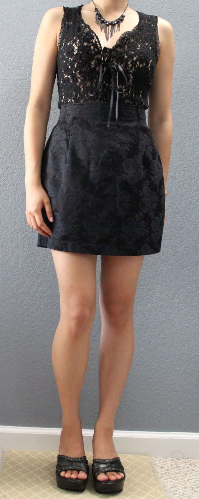 LePetiteLemon Outfit 28 - Black Lace Top + Black Floral Skirt