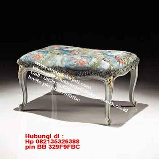 Toko mebel jati klasik jepara,sofa cat duco jepara furniture mebel duco jepara jual sofa set ruang tamu ukir sofa tamu klasik sofa tamu jati sofa tamu classic cat duco mebel jati duco jepara SFTM-44083