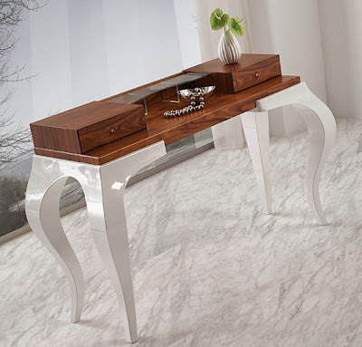 http://www.portobellostreet.es/mueble/26494/Consola-Moderna-Abril