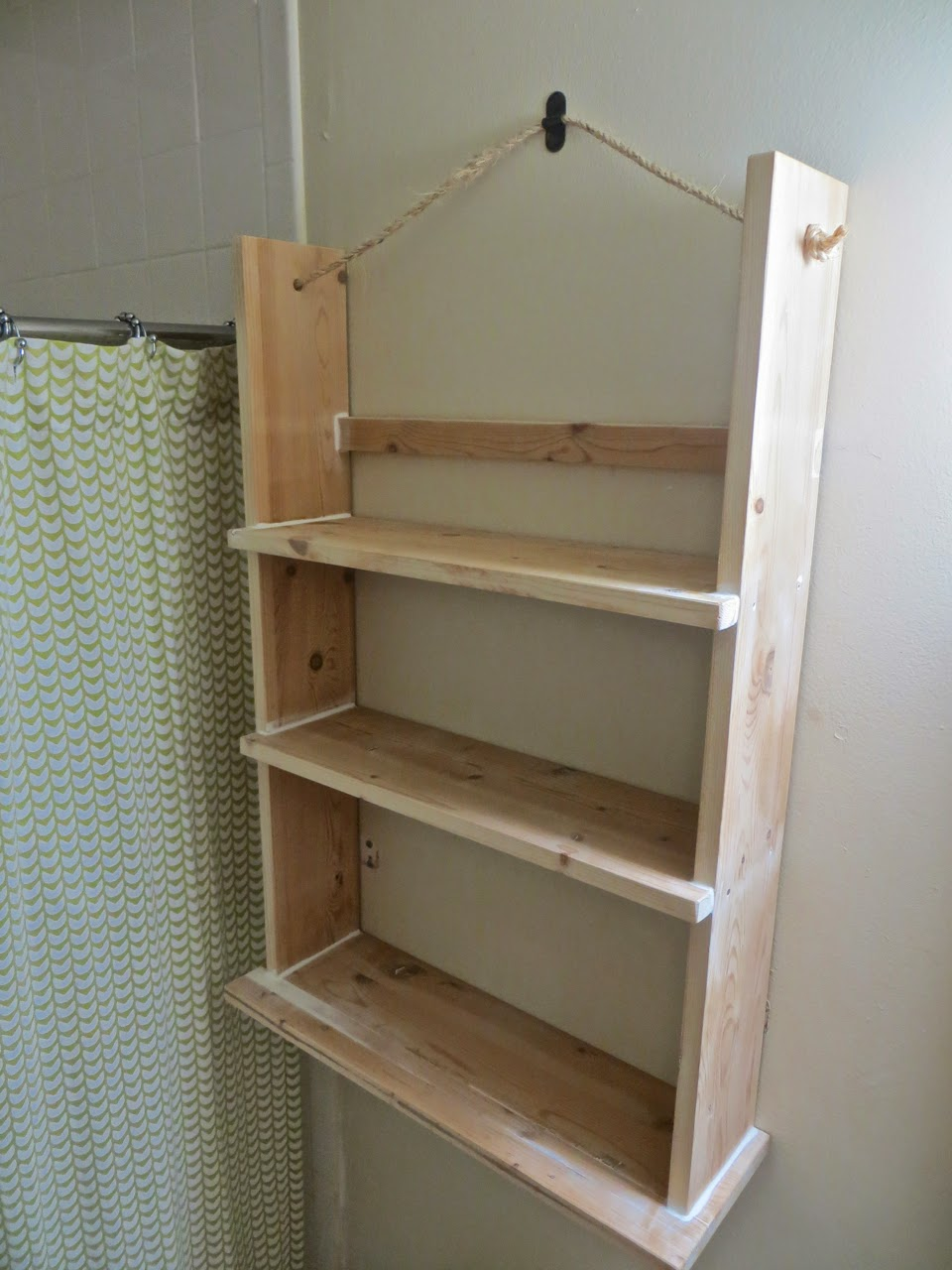 the project lady tutorial for making a wood bathroom shelf