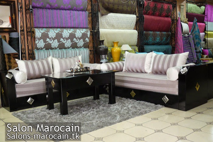 coussin salon marocain decoration marocaine. Black Bedroom Furniture Sets. Home Design Ideas