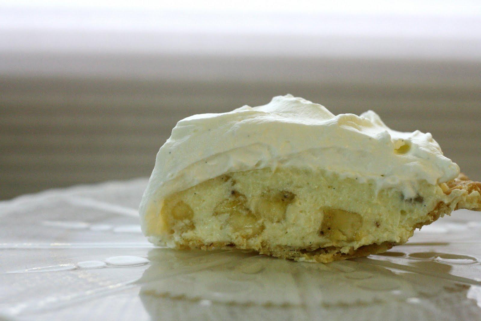 The Vanilla Bean Blog | banana cream pie