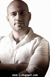 الممثل المصري أحمد مكي