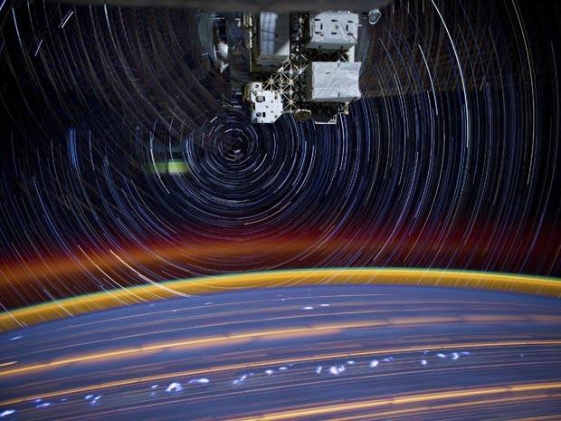 Nasa divulga imagem 'psicodélica' da órbita da Terra