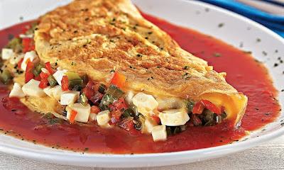 Omelete de queijo e pimentão ao molho light