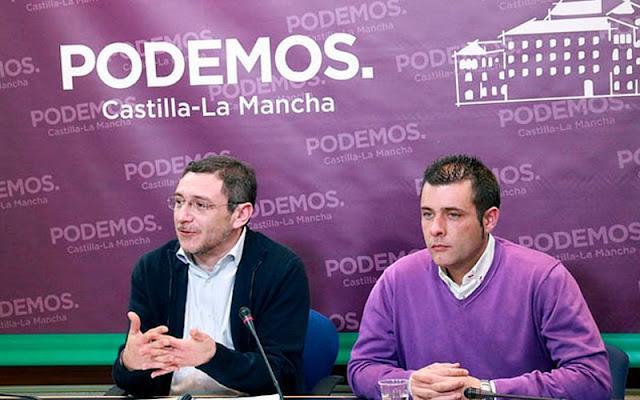 Diego Gallardo , a la izquierda, en rueda de prensa , anuncia ruptura acuerdo de gobierno con PSOE Illescas