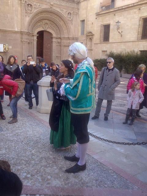 http://www.laverdad.es/videos/murcia/region-de-murcia/2985917202001-poco-historia-murcia-teatralizada.html