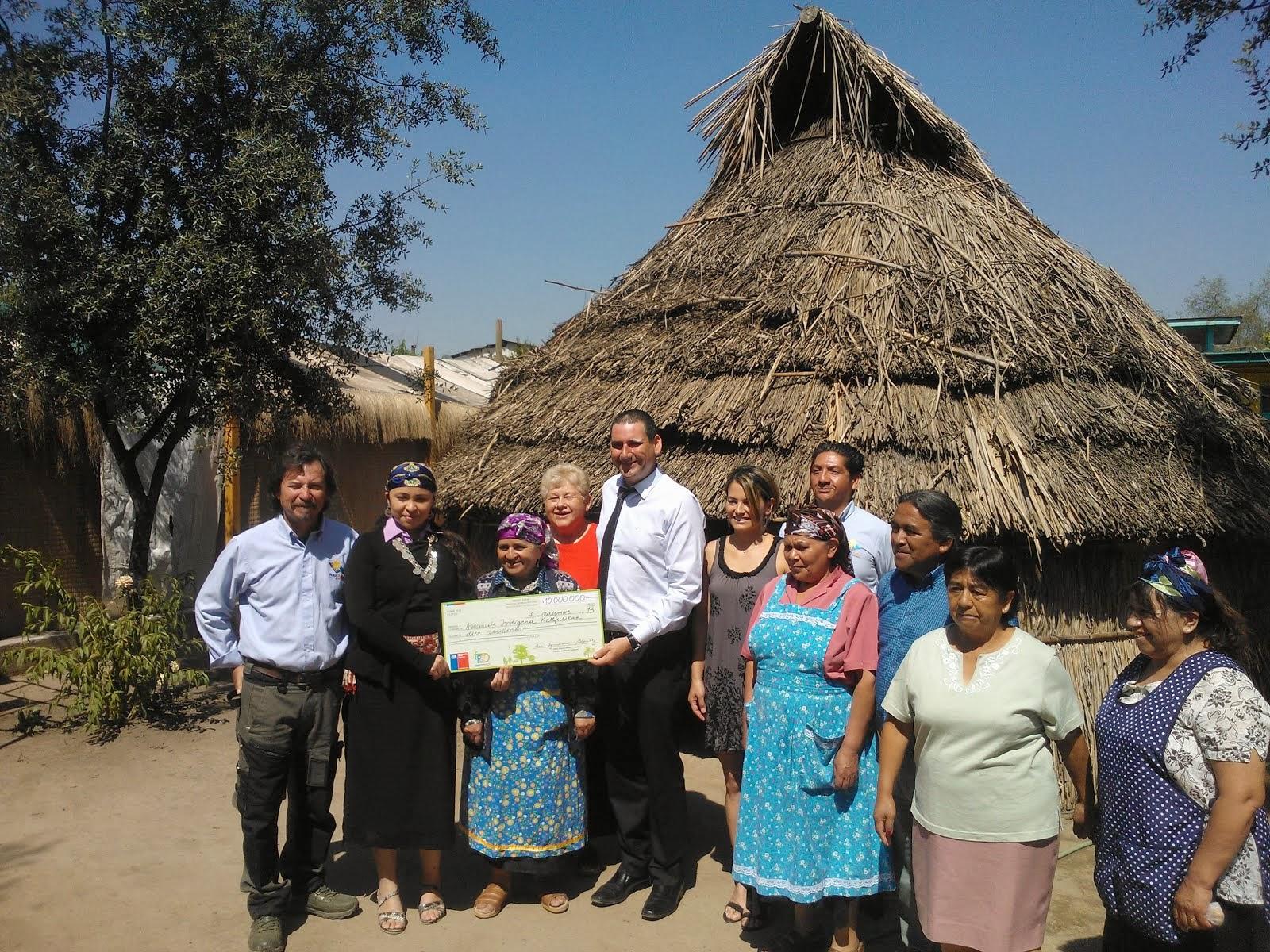 Entrega premio Comunidad Kallfulican