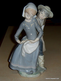 Lladro Boy Meets Girl #1188