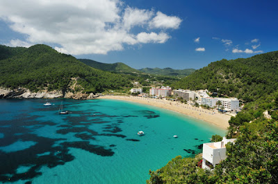 8 Pantai Terkenal di Dunia