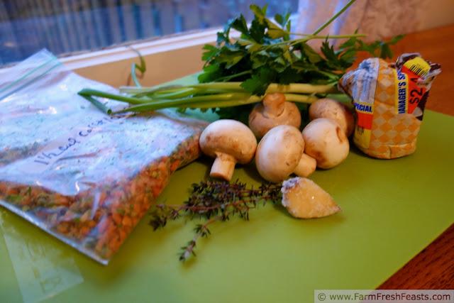http://www.farmfreshfeasts.com/2013/02/skillet-mushroom-dip-for-two-quick-take.html