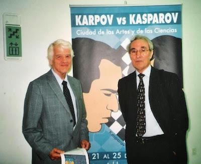 José María Gutiérrez Dopino y Lothar Schmid en la inauguración del Match Karpov-Kasparov en Valencia en 2009