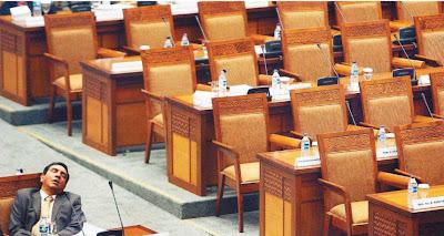 Rincian Penghasilan Dan Gaji Anggota DPR