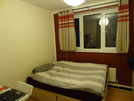 england neues wg zimmer ist bezogen. Black Bedroom Furniture Sets. Home Design Ideas