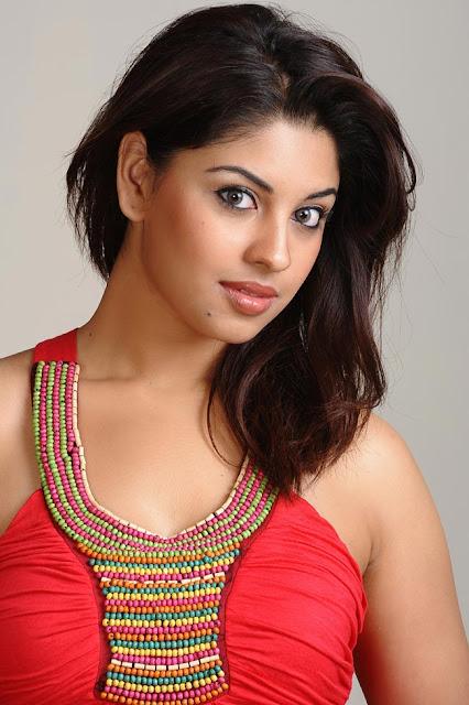 Richa Gangopadhyay hot and spicy pics