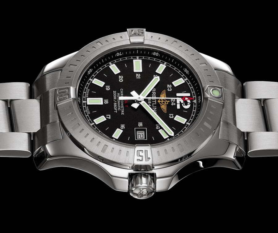 breitling - Nouvelle Breitling Colt 2014 Breitling-Colt-Automatic-2014-side