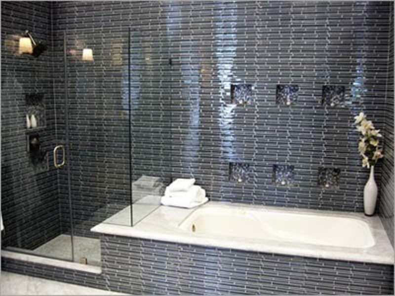 Trend homes small bathroom shower design for Small bathroom ideas with tub