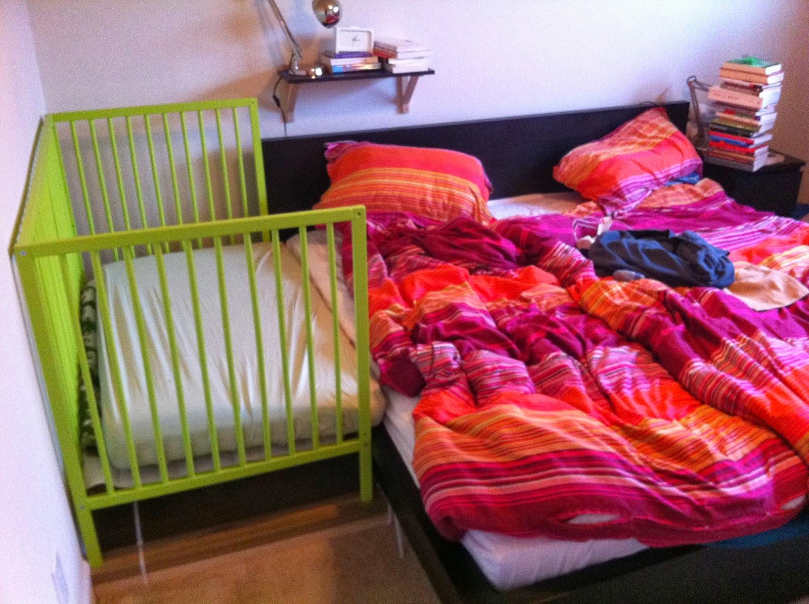 9. samen slapen met een new born.