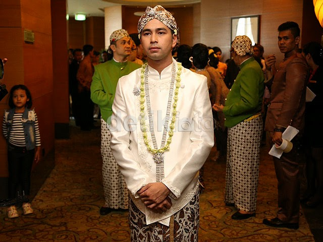 Foto Pernikahan Raffi Ahmad Nagita Slavina 2014 Resmi Suami Istri