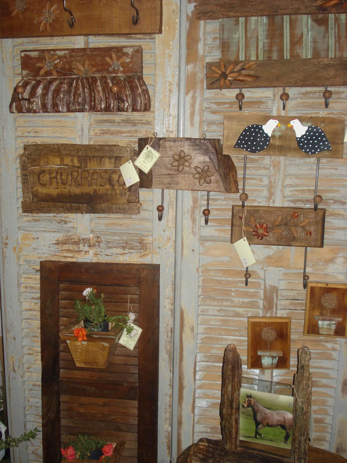 Jerivá Móveis e Artesanato Artesanato em madeira de demoliç u00e3o