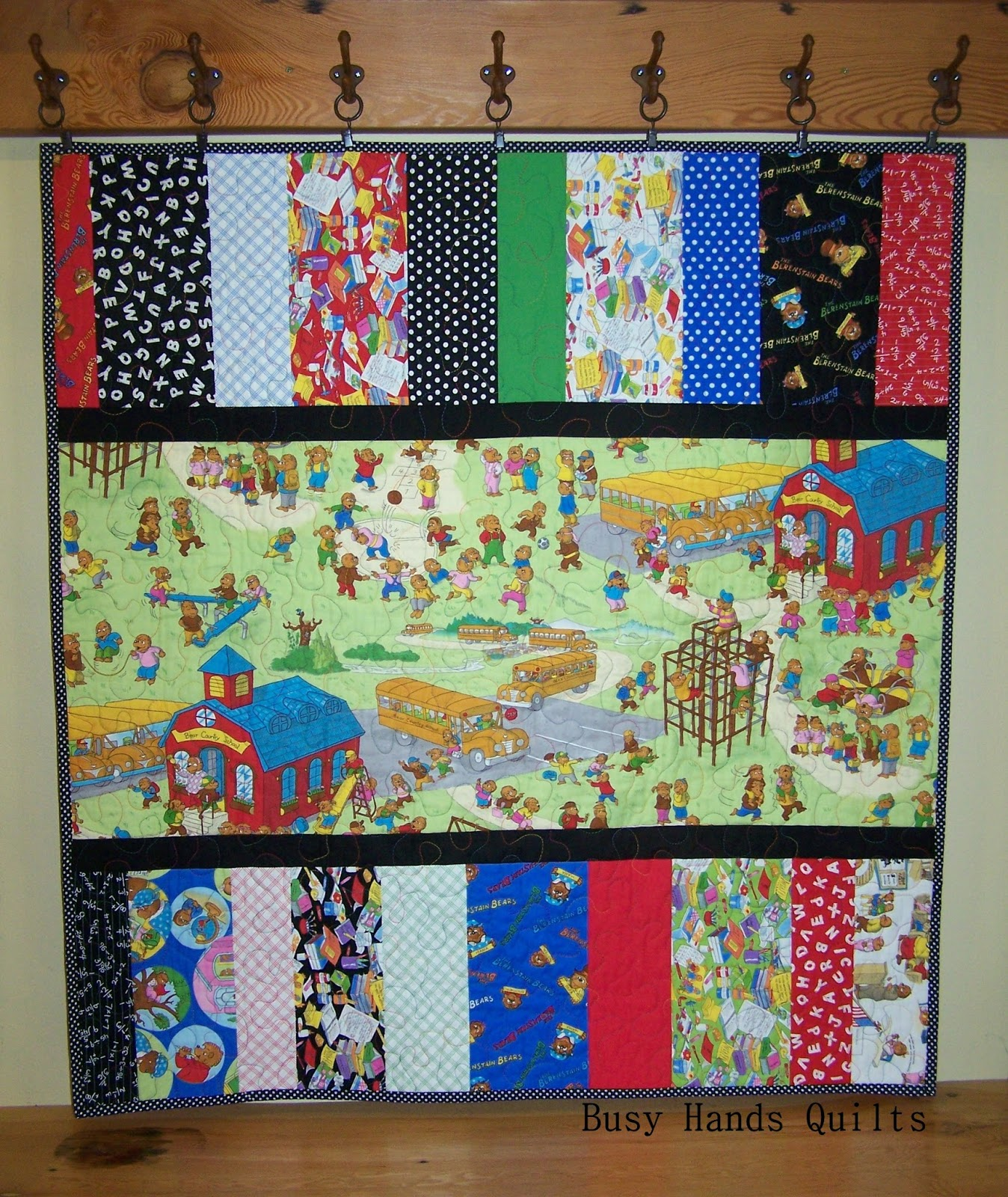 Busy Hands Quilts: Berenstain Bears Baby Quilt {A Finish!} : country bears and quilts - Adamdwight.com