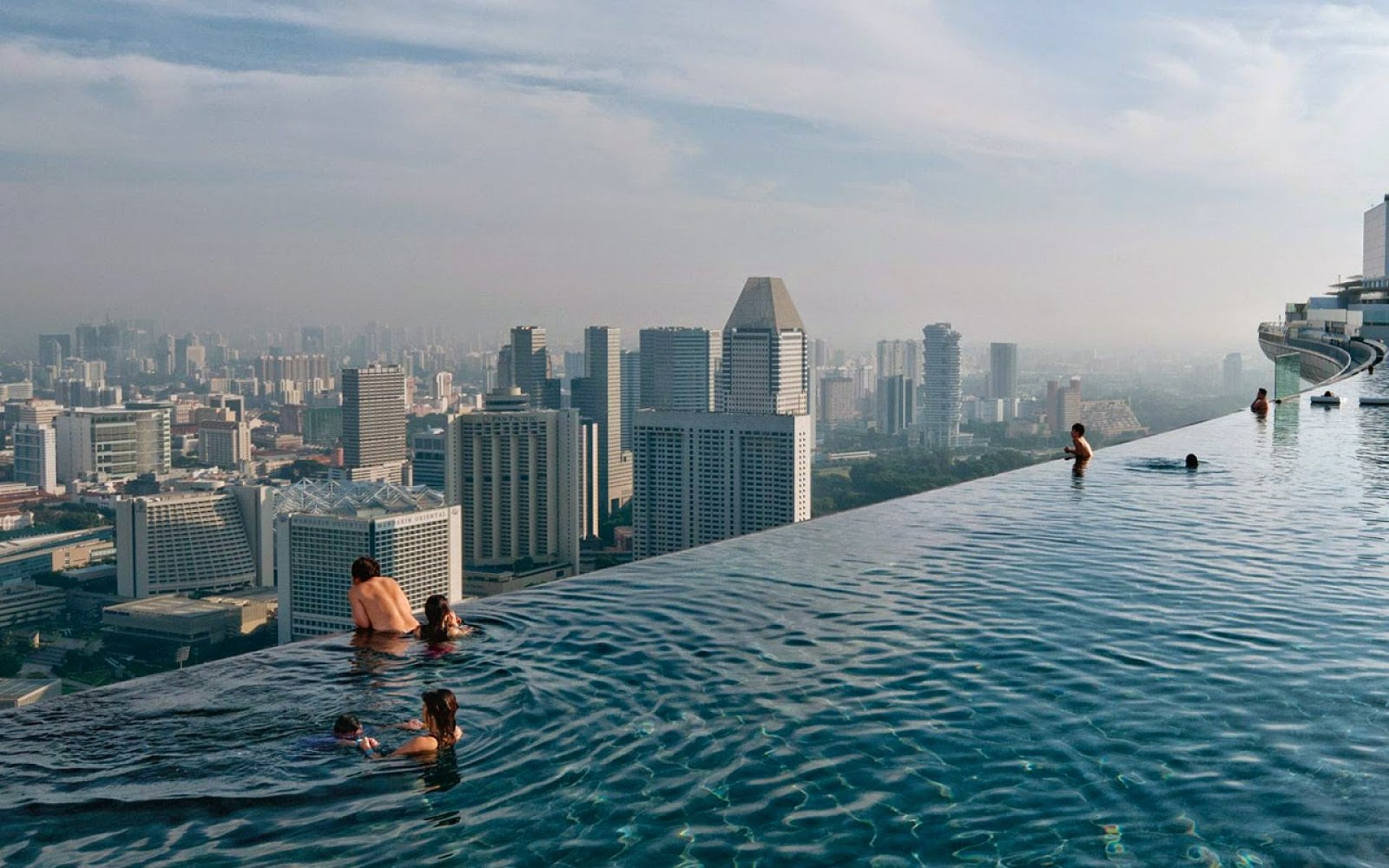Marina Bay Sands Swimming Pool