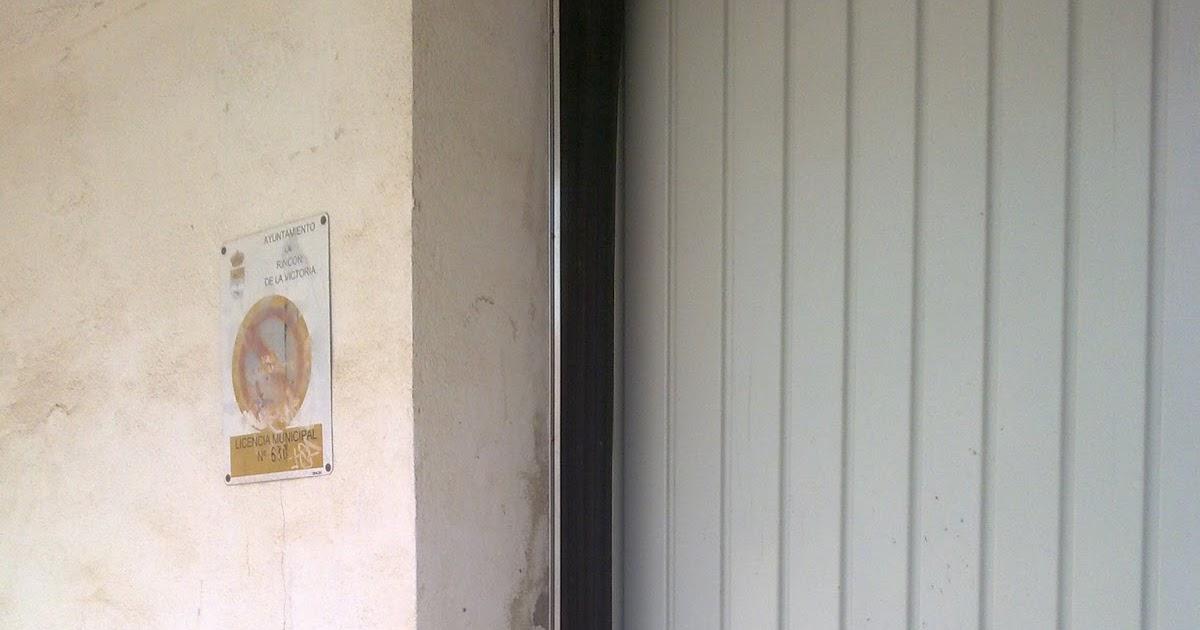 Puertas autom ticas como evitar los inc modos portazos en - Puertas de garaje malaga ...
