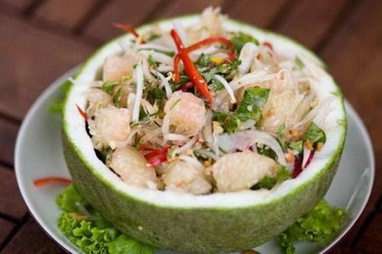 Seafood and Grapefruit Salad - Nộm Bưởi Hải Sản