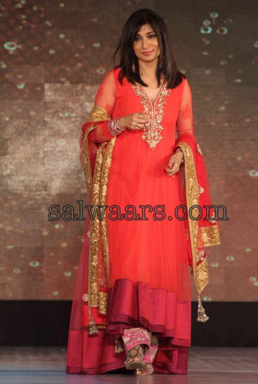 Wills lifestyle fashion manish malhotra white bridal anarkali