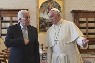 Papa Francisco e Mahmoud Abbas (Presidente da Palestina)