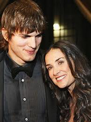 celebrity gossip-Demi Moore and Ashton Kutcher Moving Truck Spotted Outside Home