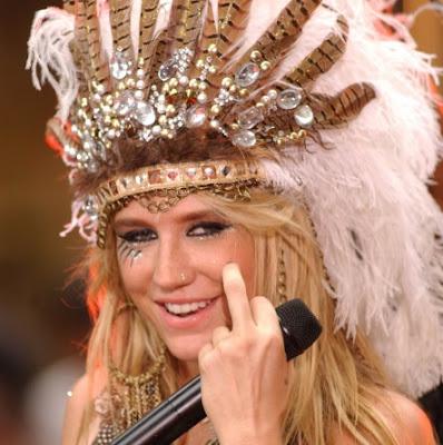 Kesha tooth headdress