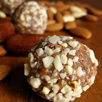 Easy Recipe for Healthy Almond & Date Treats (Paleo)