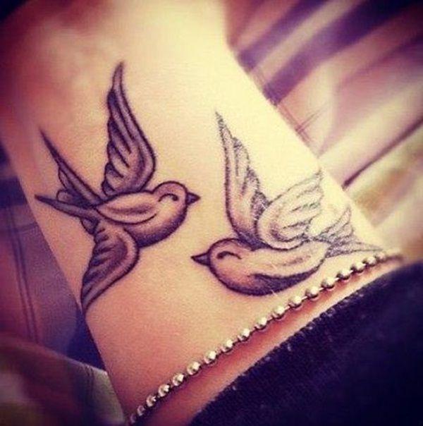 animales que tatuados simbolizan el amor belagoria la web de los tatuajes. Black Bedroom Furniture Sets. Home Design Ideas