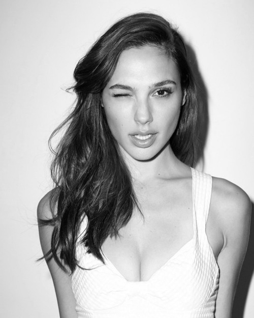 Bleachers Girl of the Week: Gal Gadot