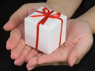 Hadiah - ilustrasi kebaikan