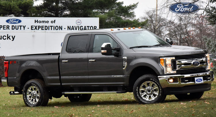 2017 ford f series super duty begins production opens. Black Bedroom Furniture Sets. Home Design Ideas
