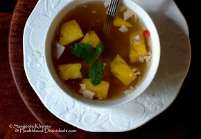 pineapple clear soup recipe with lemongrass and galangal : a anti inflammatory soup for winter