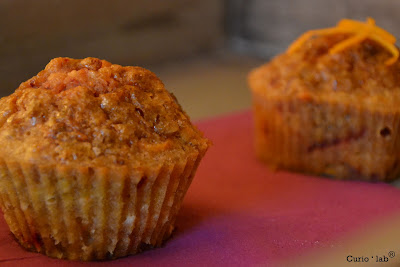 http://4.bp.blogspot.com/-thffoV5aVlk/TzeXc-S-tQI/AAAAAAAAALU/zYboKrnDf8Y/s400/Blog_carrot+muffins01.jpg