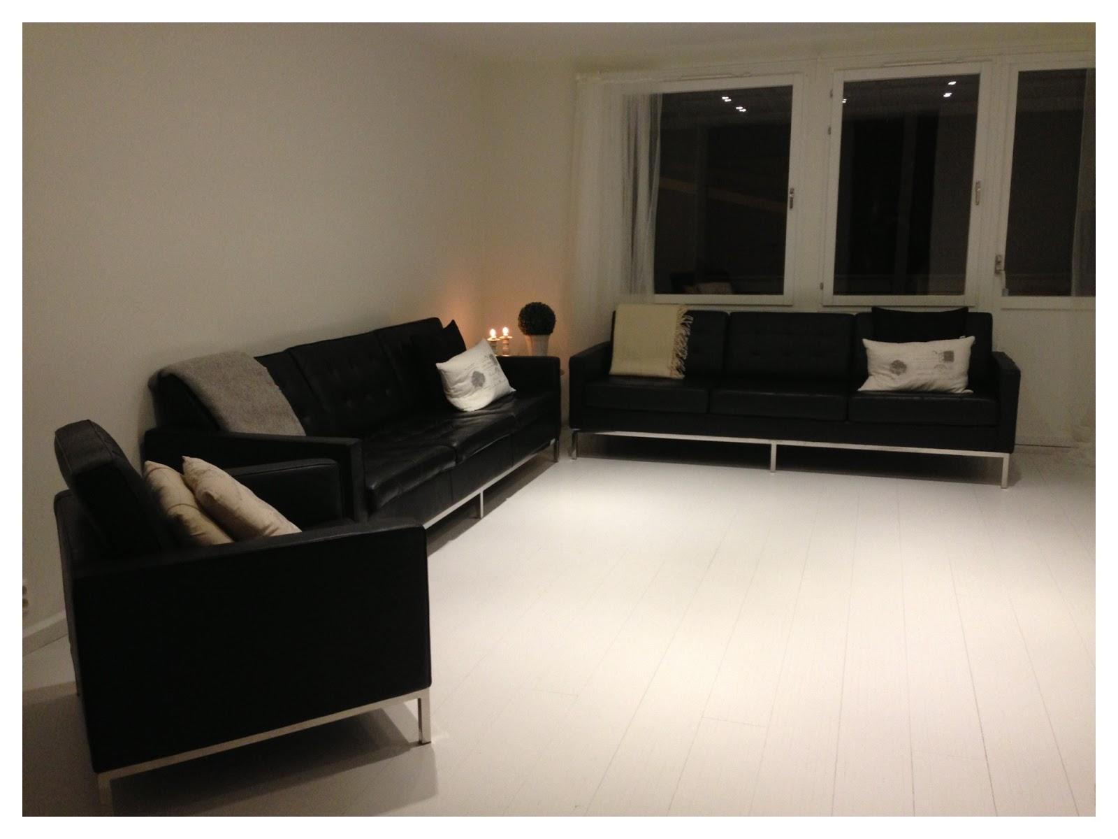 57an: Ny soffa igen, denna gången med en fåtölj..