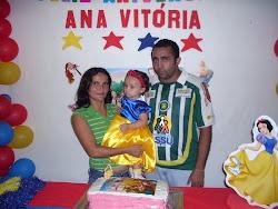 pastor João maria, sua esposa Diana e sua filhinha Ana Vitória.