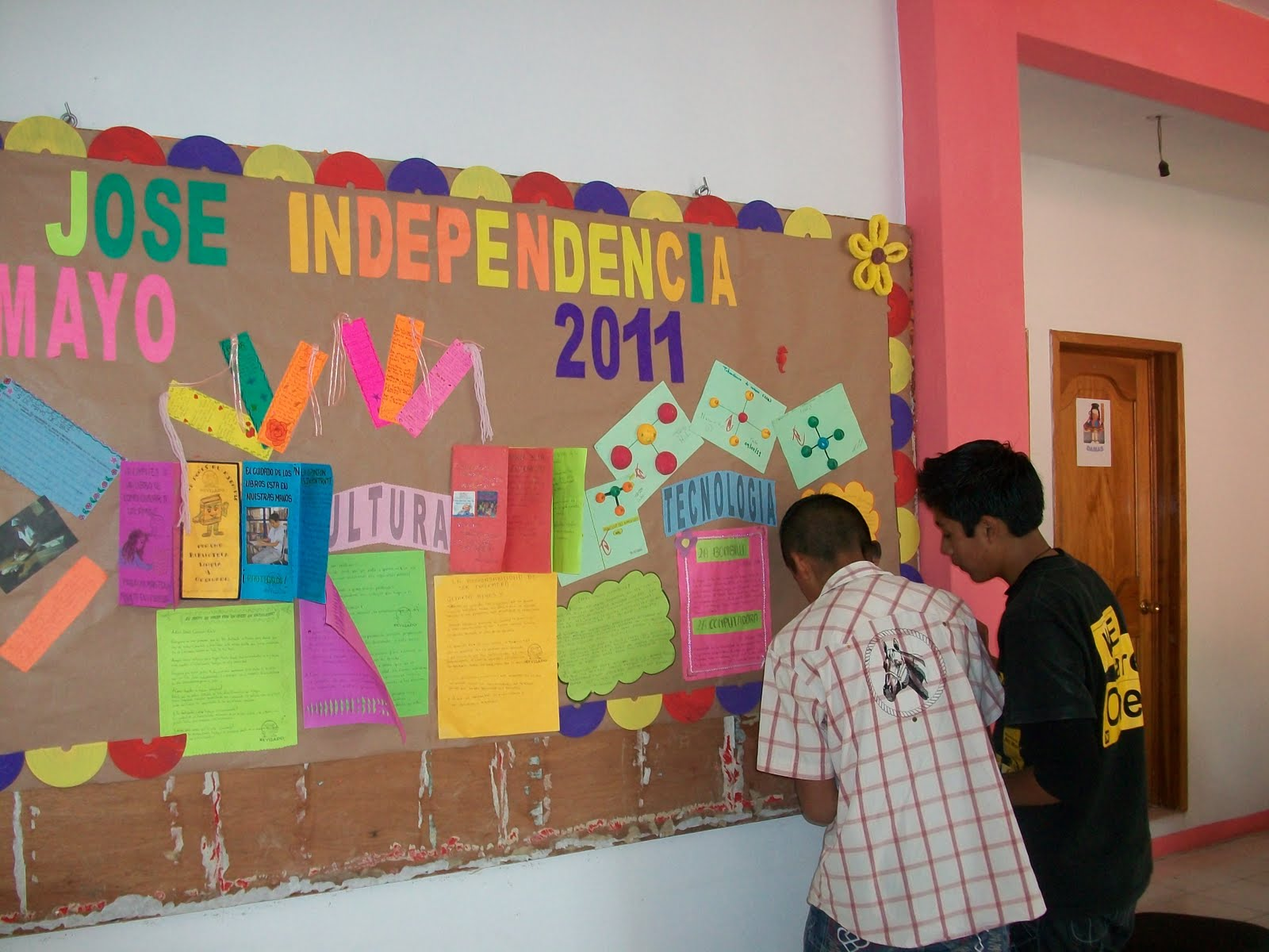 Supervisi n escolar zona 83 zongolica mayo 2011 for Q es periodico mural